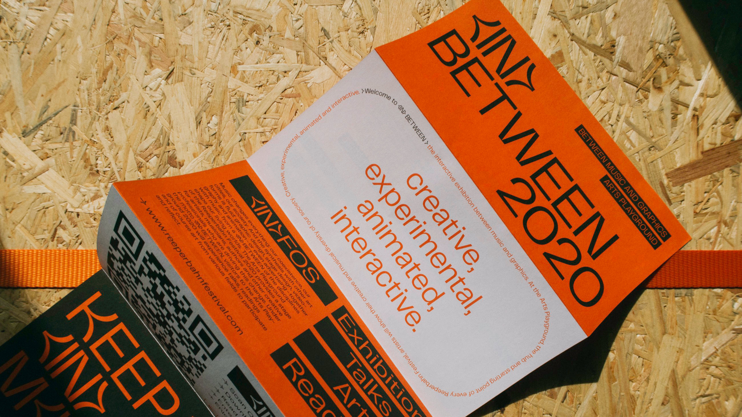 gedrucktes Programmheft zum reeperbahn festival in hamburg