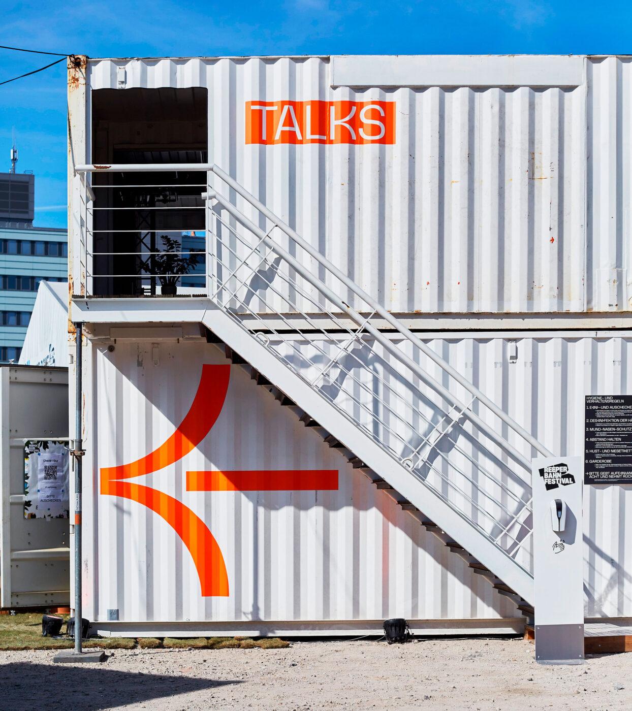 Container Gestaltung in hamburg von Bareis und Nicolaus