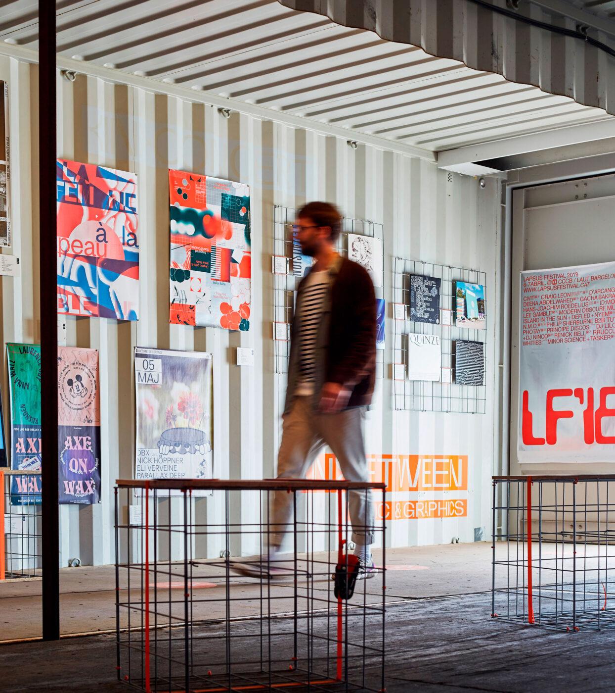 vinyl und plakat Ausstellung in hamburg 2020 von Bareis und Nicolaus