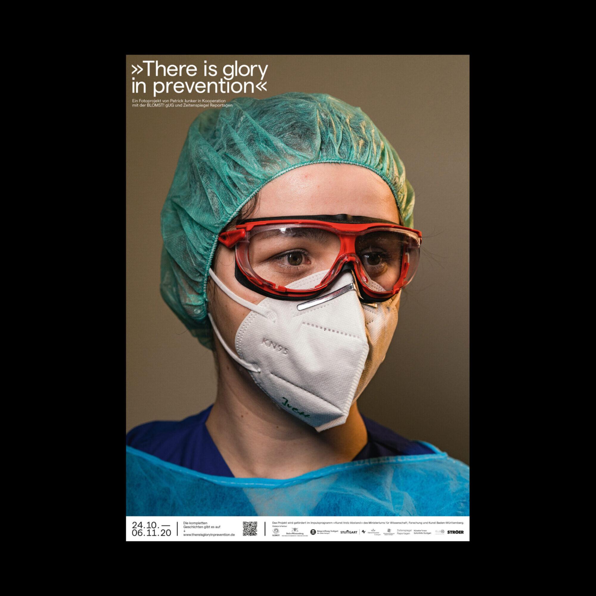 Frau mit corona maske in stuttgart portraitiert von Patrick junker